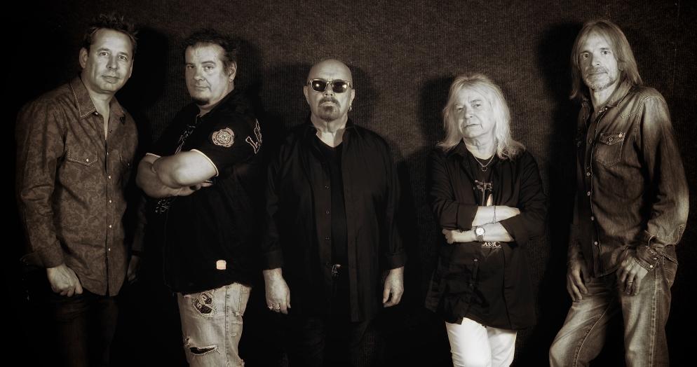 MAGNUM Band 1